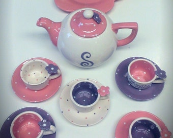 Strawberry & lavender Petals child's tea set
