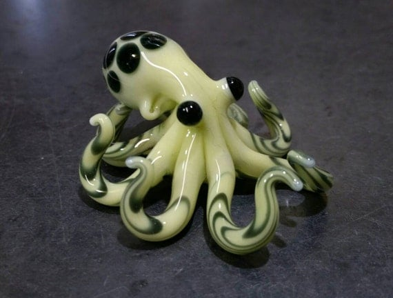 Small Glass Octopus lime green spotted