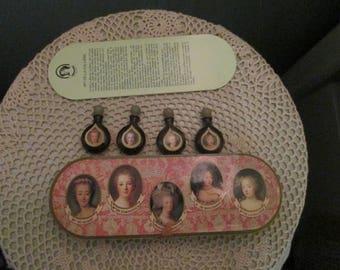 Rare Vintage Miniature Perfumes In Case / Les Parfums De Versailles Marie Antoinette