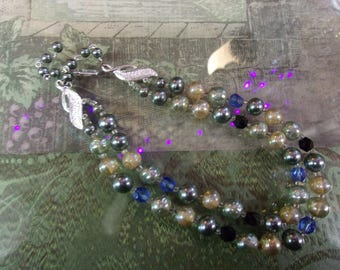 1950's Blue Grey Cream Bead Necklace