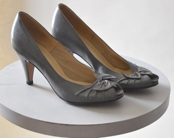 Vintage Gray Peep Toe High Heel Shoes by Hush Puppies