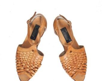 SALE 6   Woven Leather Peep Toe Sandals