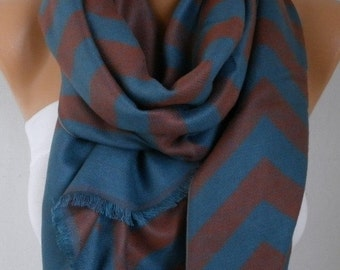 ON SALE --- Zigzag Scarf, Fall Winter Accessories, Shawl, Cowl Scarf, Shawl Scarf, Gift Ideas For Her, Women's Fashion Accessories Women Sca