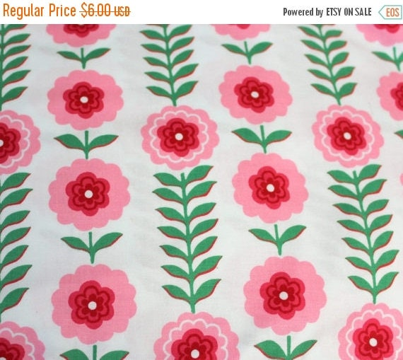 Flower Fabric,Pink Flower Fabric,Floral Fabric,Pink and White Floral Fabric,100% Cotton,Quilt Fabric,Apparel Fabric,Craft Fabric,BTY