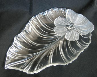 REDUCED  - Mikasa Clear Frost Hibiscus Leaf Platter