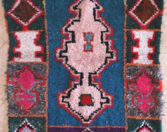 "240X120 CM (7' 10"" X 3' 11"" ) FREE SHIPPING worldwide  T31385 boucherouite , boucharouette,  moroccan rugs , berber rugs, morocco carpets"