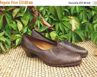 SALE Vintage 50's  Shoes with small Heels US9