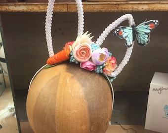 Bunny Ears.  Flower White Rabbit Bunny Ears.  Easter Fascinator, Easter Hat, White Rabbit, Alice In Wonderland, Fascinator Hat, Headband
