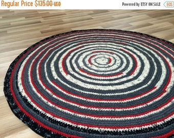 ON SALE Round area rug, 54'' in diameter, hand crochet, ready to ship, wool rug