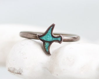 Turquoise Flying Bird Ring in Sterling Silver - Dark Silver Small Ring Size 4.5