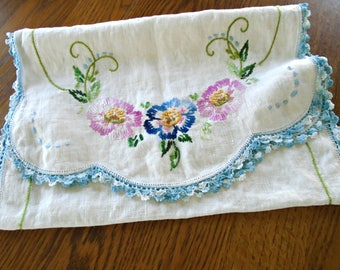 Beautiful Embroidered Table Runner / Floral Runner / Swirly Green Leaves / White Cotton / Blue lace edge / Pink Flowers / Blue Flowers