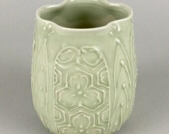 Hand Thrown Vase / Vessel / Jar / Japanese Design/ Folk Art Green -Avocado Green
