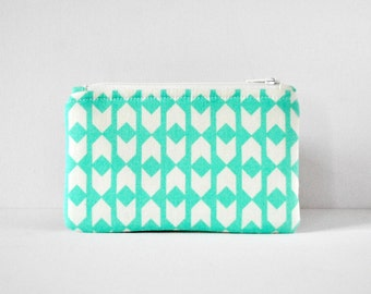 Flag print protective gadget padded camera make up cosmetics pouch aqua green and white arrow print.
