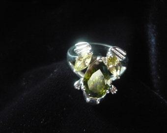 Crystal frog ring