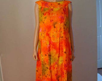 1960s Hawaiian sleeveless Maxi Dress - size 12