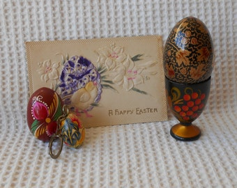 Easter Collection Wooden Eggs EggCup Card and Keyring Easter Traditional Hand painted Vintage