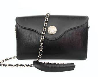 Authentic Vintage Hilly Chain Strap Purse/Clutch