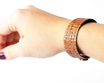 Leather Bracelet / Slim Cuff / Vintage Woven Brown