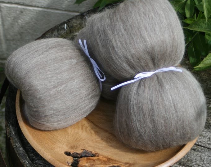 Masham / Baby llama / Honey Tussah Silk Smooth Batts - 135g