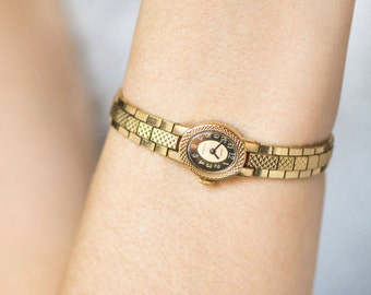 Cocktail watch gold plated, brown oval face women's watch, lady's wristwatch Seagull, tiny watch bracelet mechanical, petite lady wristwatch
