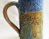 ceramic floral coffee mug 20oz  stoneware 20C050