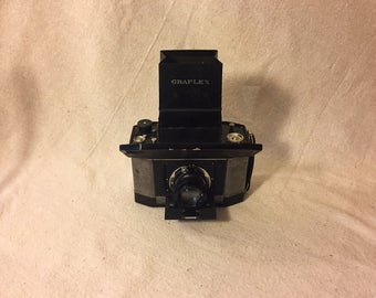 """Vintage Graflex . """"The National Graflex II  Lunchbox or sophisticated well equipped all round camera"""""""
