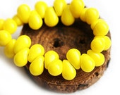 4x6mm Tiny Teardrop beads, Bright Yellow czech glass small drops, top drilled beads - 50Pc - 1287