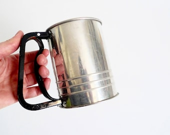 Flour Sifter Aluminum Flour Sifter with Screen and Metal Handle