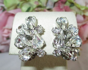 Vintage Earrings Weiss Signed Clear Austrian Crystal Rhinestone Vintage Clip-On Earrings Vintage Jewelry By vintagelady7