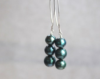 Evergreen Freshwater Pearl Earrings