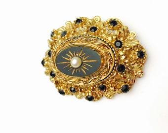 Art Deco Brooch, Vintage black Stone, Antique gold tone, Clearance Sale, Item No. B652