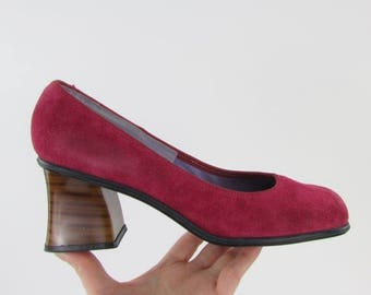 ON SALE Raspberry Dream Pumps w/ Stacked Heel - Vintage 1970s NOS Suede Pink Heels in 9 - 9.5 W or 40 41 Euro