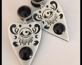 PICK SIZE Black White Planchette Eye Witch  Acrylic Laser Cut dangle plug ear gauges Plugs