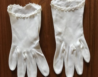 Vintage White Bridal Gloves