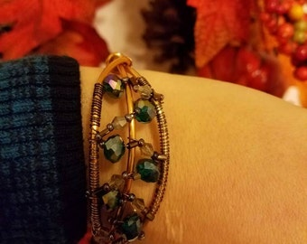 Handmade wire bracelet with beads