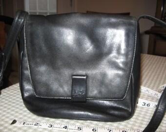 Vintage Stone Mountain Cross Body Shoulder Bag Black Leather