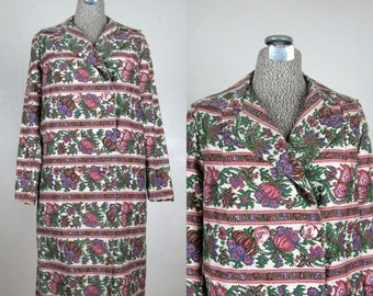 FLASH SALE // Vintage 1960s Coat in Tapestry Print Canvas 60s Double Breasted Coat Size M
