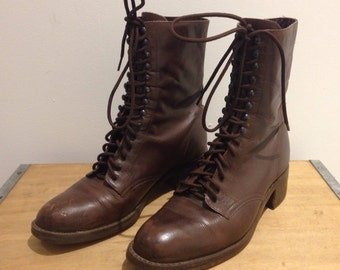 Brown Leather Lace Up Eyelet Sz 8 Narrow Vintage 90s Nine West Boots