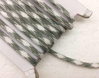 paracord 1.1 Yards (1 meter) moldy green and white Bracelet cord, Decorative Cord, braided cords, Parachute  Cord, Colorful cord, 4mm wide