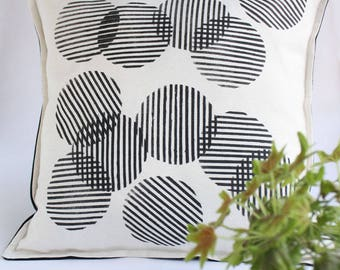 Black and Ecru Pillow cover - Hand stamped cushion cover with circles in black - Geometric pattern hand-printed- Designer decorative pillow