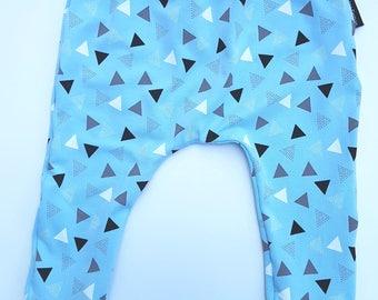 Broekje triangel blauw