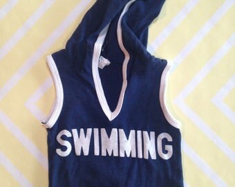 vintage sleeveless v-neck ringer hoodie with swimming across front by greatgear size 3-4 years