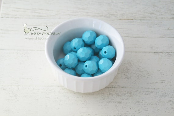 20mm Resin Faceted Beads - Sky Blue - chunky necklace beads