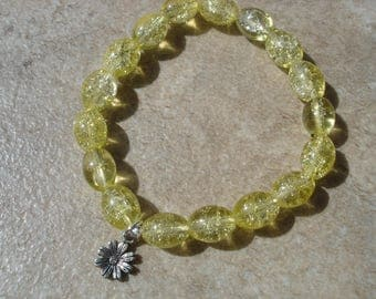 Yellow Crackle Bead Daisy Boho Stretch Bracelet, Summer Jewelry, Flower Girl