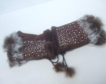 Unique Rabbit Fur Trim Fingerless Gloves