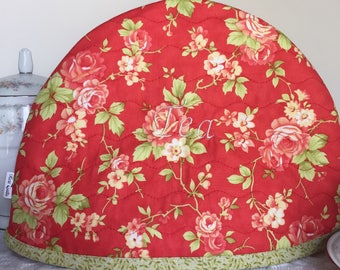 Tea Pot Cozy, Tea Pot Quilt, Handmade Quilt, Red, Roses, Green, Leaves, Embroidered Tea Pot Cozie