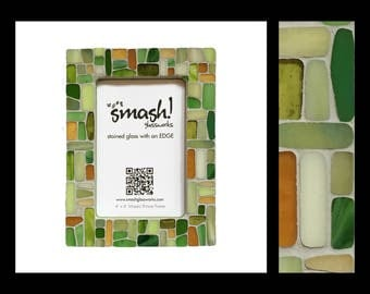 Stepping Stones: Green - 4x6 Stained Glass Mosaic Picture Frame