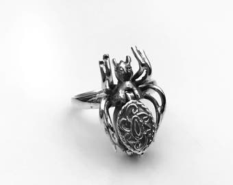 Spider Poison Ring, Spider Locket Ring, Pillbox Ring, Sterling Silver Ring, Victorian Scroll Poison Ring, Gifts for Her