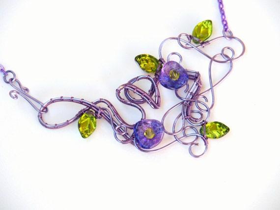 Purple flowers necklace ~ Statement necklace ~ Original design ~ Nature jewelry