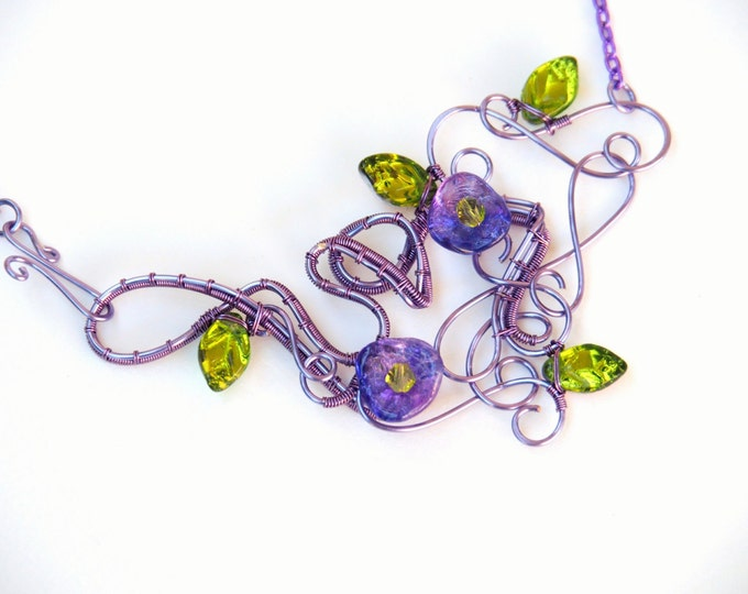 Purple flowers necklace ~ Statement necklace ~ Original design ~ Nature jewelry